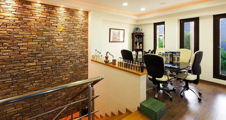 katsaros-distillery-meetingroom